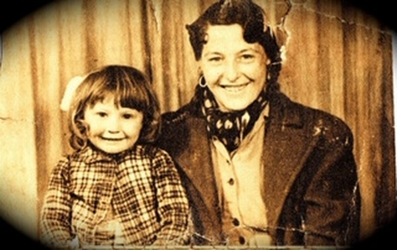 Elizabeth(Betty)Smith and my sister Mary a couple of years before the incident 1946