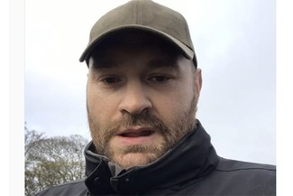 "Tyson Fury reaches out to people ""struggling"""