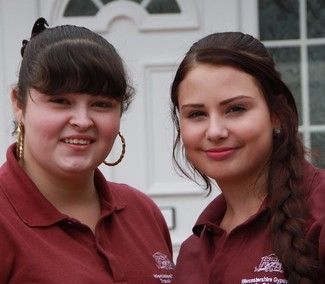 Interview with Lisa Smith and Jade Smith: Helping Travellers stay in education