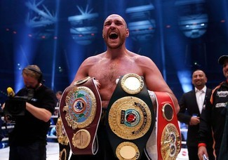 Our Champion – Tyson Fury becomes the  first Gypsy to win World Heavyweight Championship