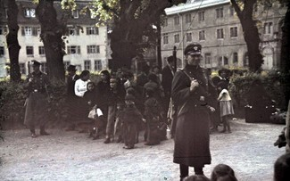 Deportation of Roma and Sinti in Aspberg, Germany – headed for the concentration camps