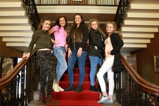 Jolene Fisher (14) Maisie Johnson (13)  Savannah Miller (13)  Rona Jones (13)  Demi Jones (12)