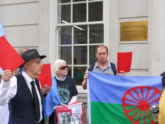 Nai bistarde – the unforgotten: Roma Holocaust commemorated in London