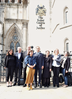 London Gypsies and Travellers and legal team after their victory in the High Court in May 2019 – The Court of Appeal later upheld that decision in a judgement released earlier this year. Photograph by Mike Doherty