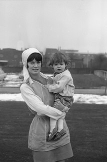 Mother and daughter outside. Early 1971. Barnsley. South Yorkshire. © KIERON FARROW.